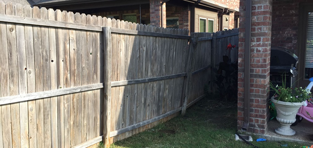 fence repair dallas fence installation custom made metal fencing lasts lifetime does your fence need repair call the pros at express fence